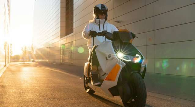 Discover The Electric BMW Motorrad Definiton CE 04 Scooter