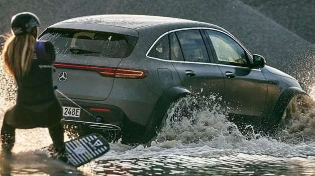 Pro Wakeboarder Pulled By Mercedes-Benz EQC 4×4²
