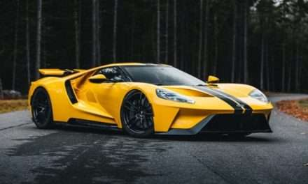 Mecum Kissimmee 2021: Triple-Yellow 2018 Ford GT