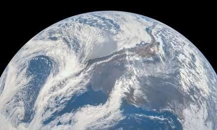 Juno Captured This Image of Earth on its Way Out to Jupiter Back in 2013
