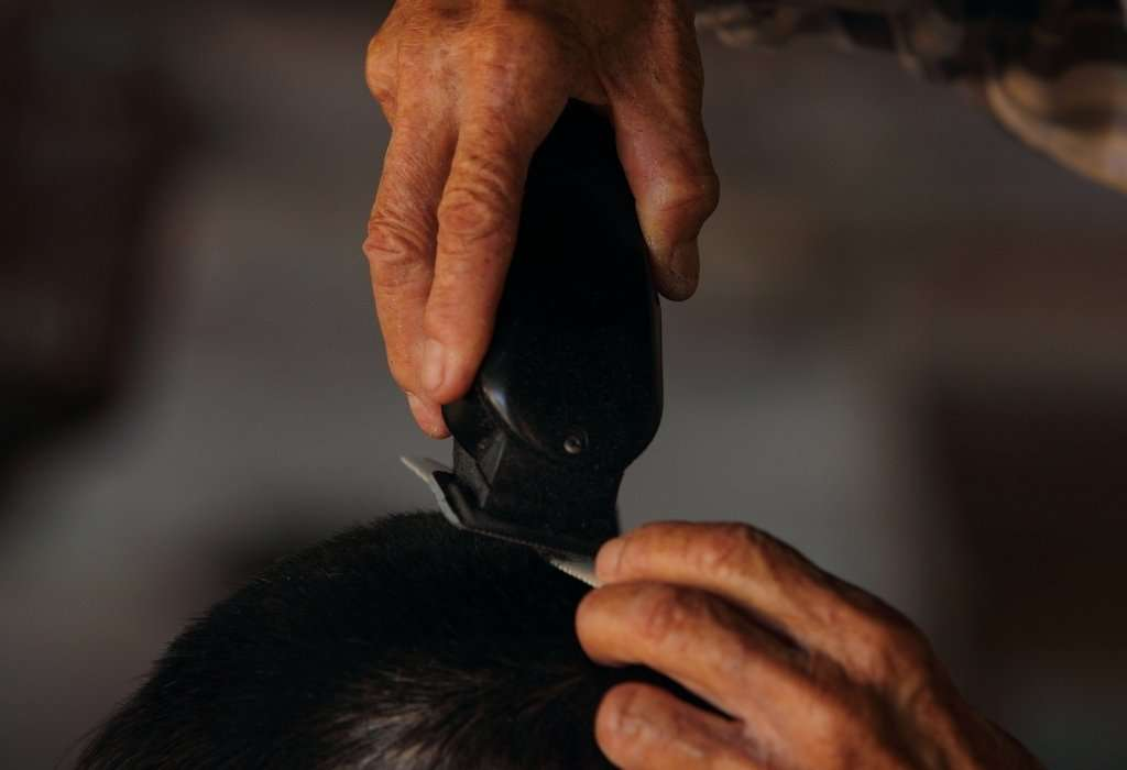 Haircut for men at home